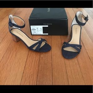 New Talbots navy blue sandals